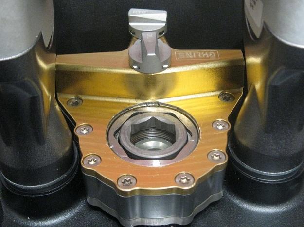 Ohlins Steering Damper Africa Twin