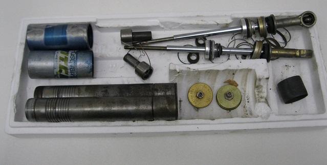 Ohlins Husky Twin Shocks Rebuilding Seal Kit (1)
